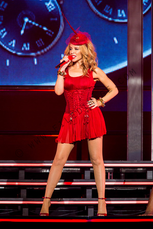 Kylie Minogue Kiss Me Once Tour 2015